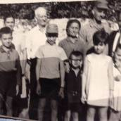 Paula's maternal grandparents (Michael and Melpomeni Tsaggaris) and Theo Dimitri and Thea Tassia Tsaggaris, their children and the Minakakis children